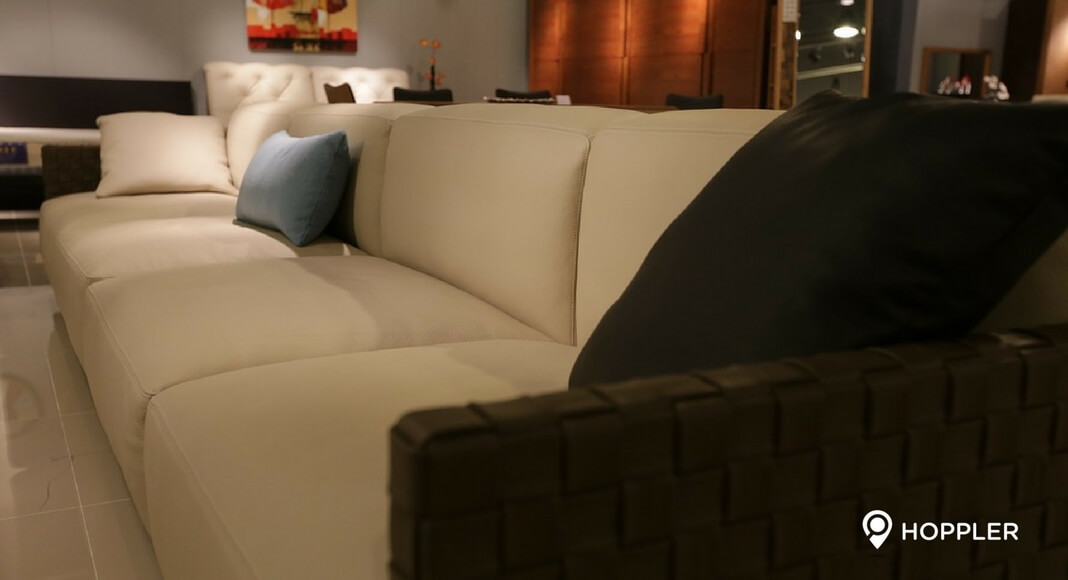 10 Types of Sofas that Best Suit Your Personality